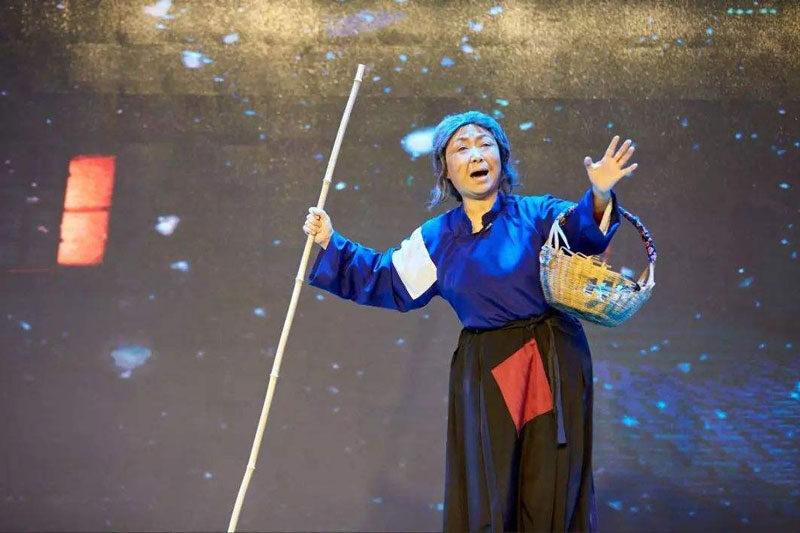 杨秀英淮海戏唱段